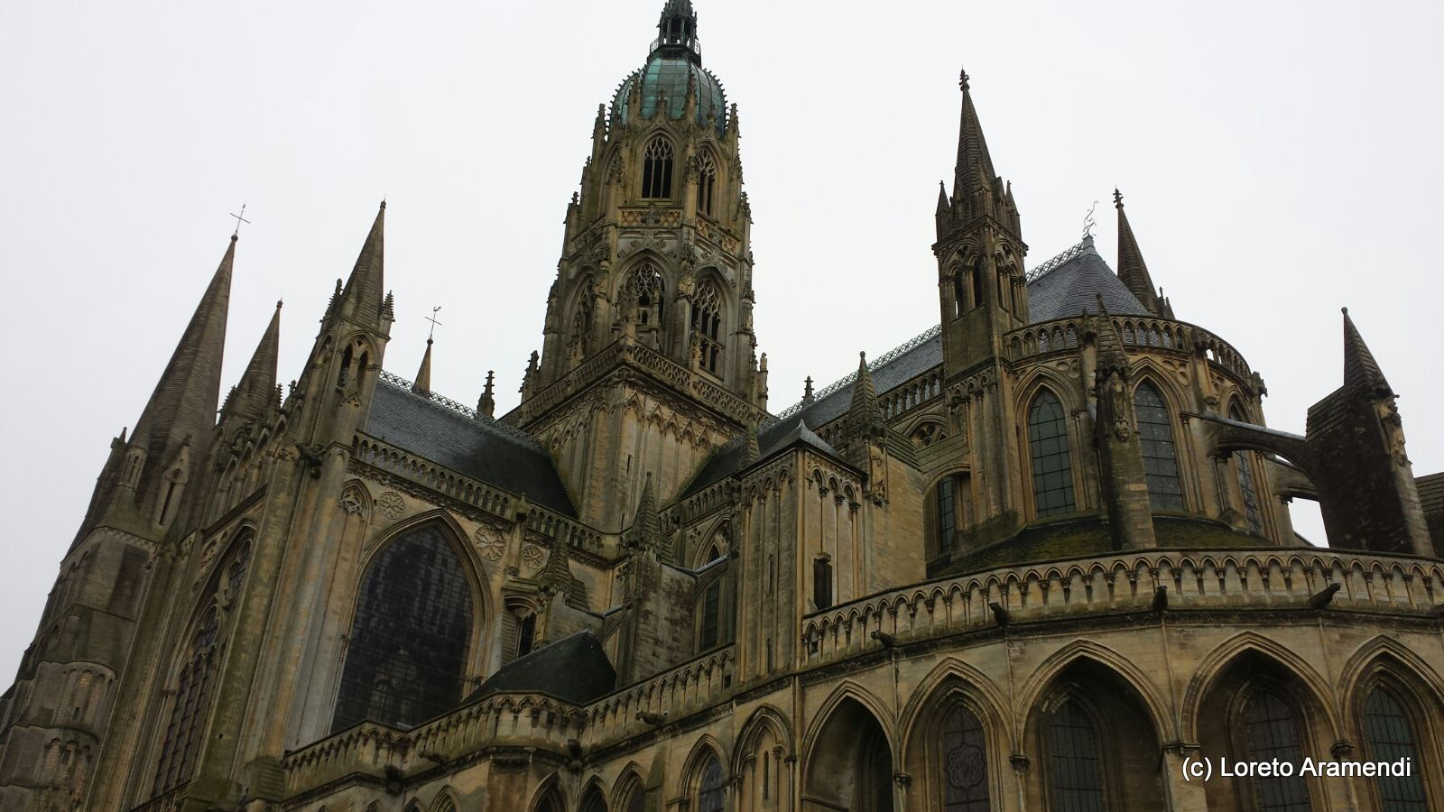 Catedral notre dame bayeux exterior 2 loreto aramendi for Exterior notre dame