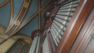 Techo y fachada del órgano de Saint Francois de Sales