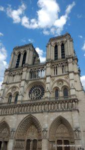 Facade Cathedrale Notre dame de Paris
