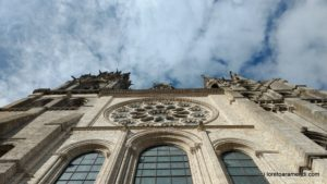 Vue inversé -Vue haute - Cathédrale de Chartres
