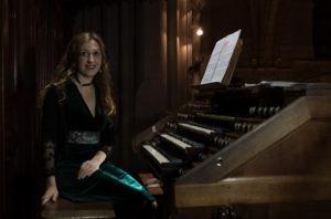 Loreto Aramendi al órgano de Murcia