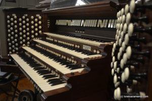 Keyboard - Pipe Organ - Plymouth church - Brooklyn