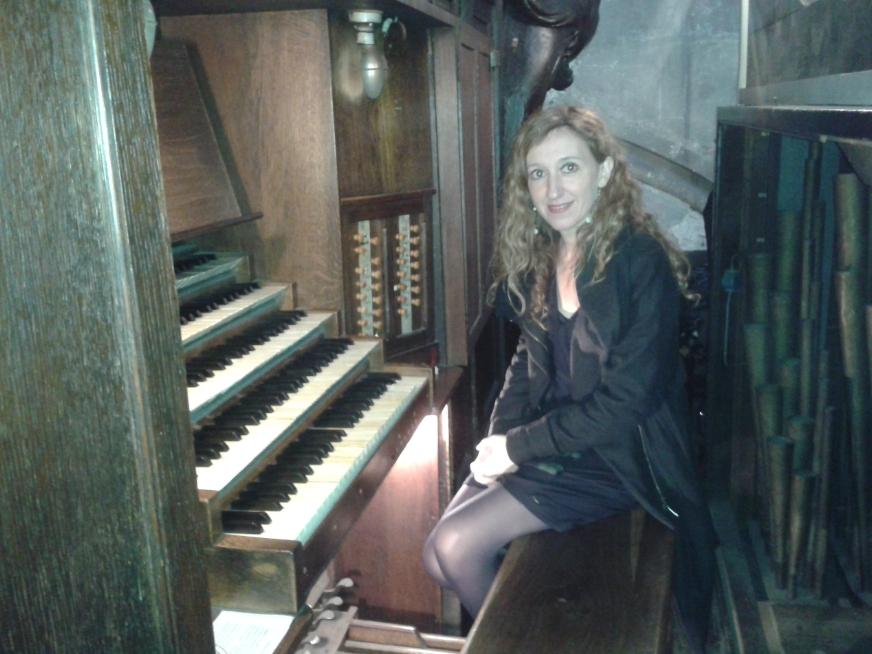 Loreto Aramendi al órgano Clicquot de St Nicoles des Champs