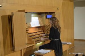 Loreto Aramendi durente el concierto