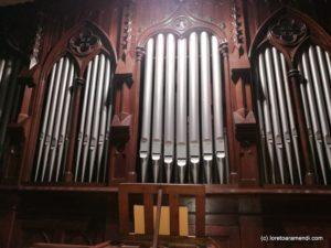 Fachada del órgano Amezua