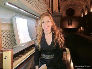 Loreto Aramendi en concierto en Italia