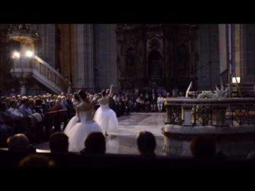 Concierto Cinematografico Organo, Orquesta, Coros y Bailarinas  - Video clip