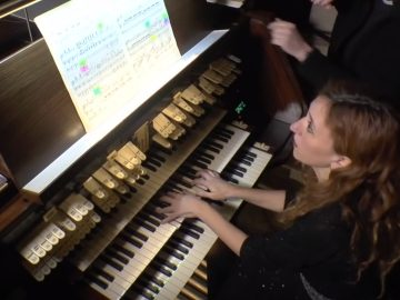 Loreto Aramendi plays Charles Tournemire Improvisation on Victmae Paschalil laudes